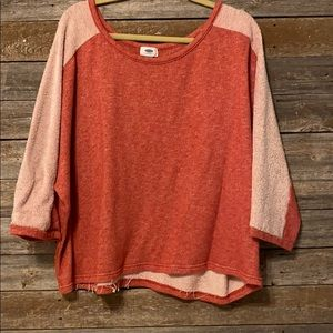 Quarter sleeve burnt orange tee